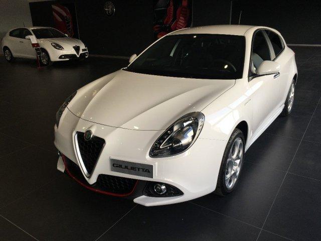 Auto Nuove Alfa Romeo Giulietta 1018452