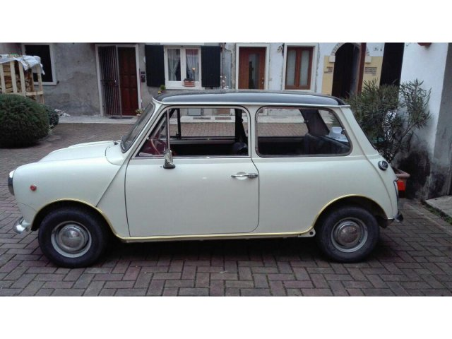 Auto d'Epoca Innocenti Mini 976807